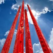 Grattacieli Rossi - Bronzo, fusione a cera persa verniciato a fuoco - h 370 cm - 2021