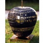 Studio per Monumento alla Mela Valtellinese, Lato A- Bronzo, fusione a cera persa-  h 44 x Ø 40 cm- 1998