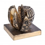 Apple in Detached Wedges - Bronze, lost wax casting - h 4,3 in - 2011