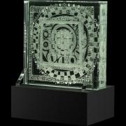 """""""Scultura Trasparente"""" -Incisione a mola su lastra di cristallo industriale - 15x15 cm - 2018"""
